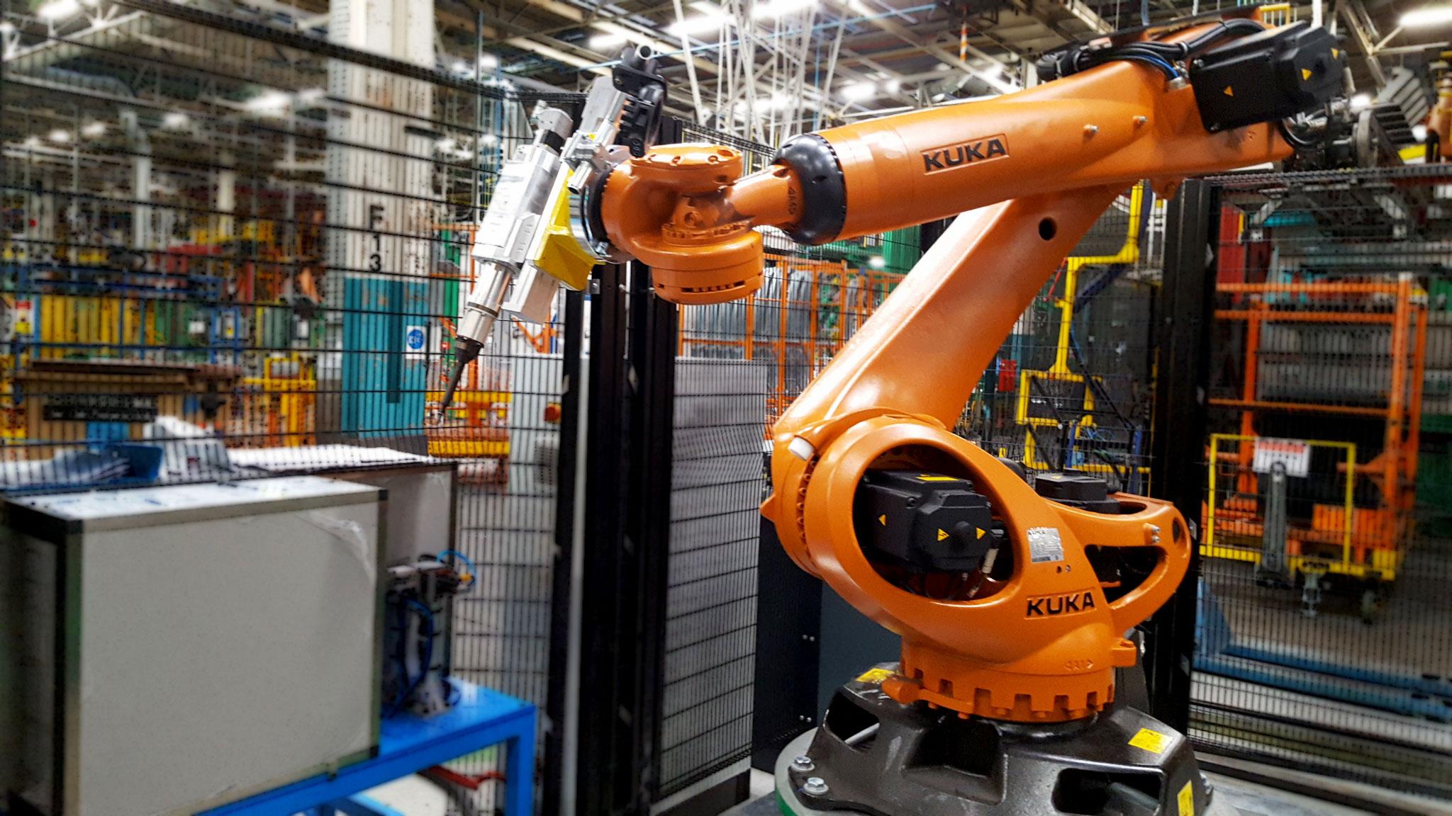robot, pose d'écrous, rivklés, robot pose d'écrous, pose d'écrous rivklés